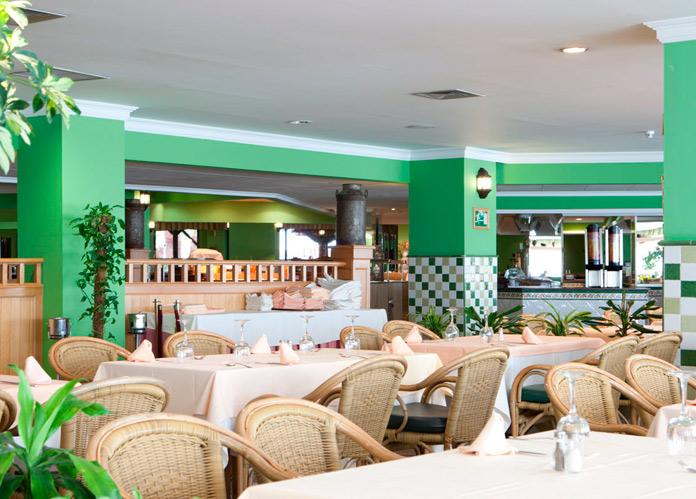 Vista del Restaurante del Playaluna Hotel