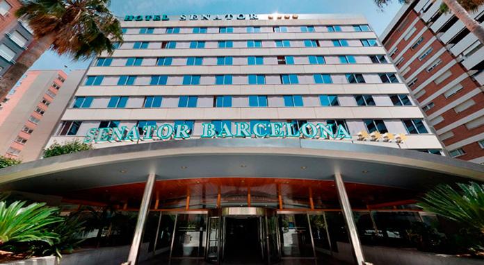 Entrada principal del Hotel Senator Barcelona