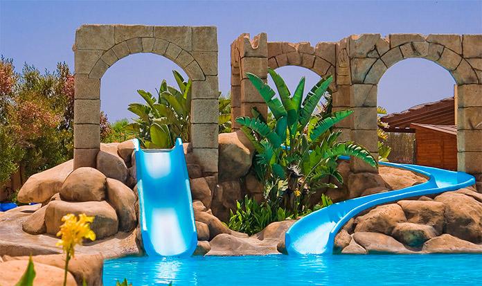 Toboganes del Playacanela Hotel