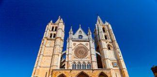 Los edificios más antiguos de España