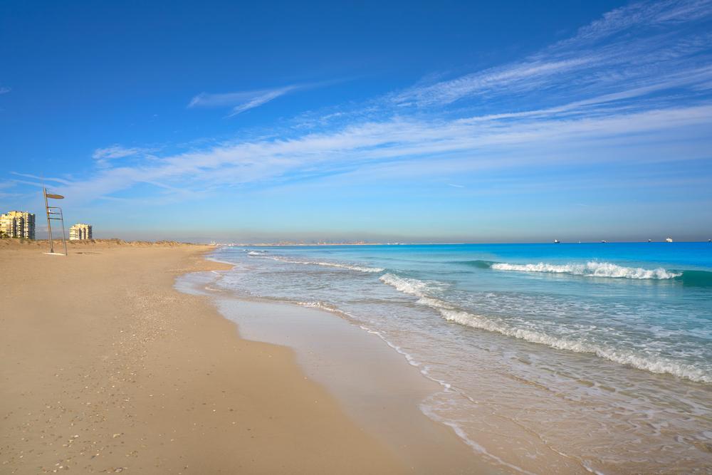 Garrofera beach
